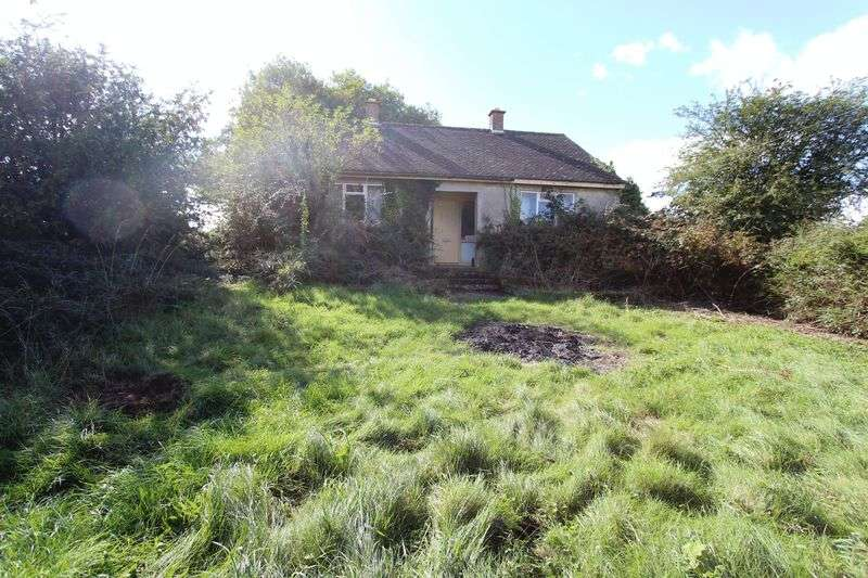 2 Bedrooms Detached Bungalow for sale in Dunkirk, Badminton