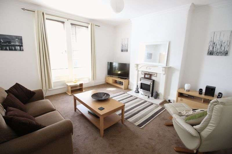 1 Bedroom Flat for sale in Cromwell Road, Scarborough