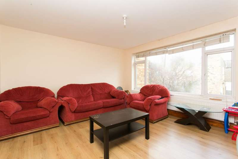 2 Bedrooms Maisonette Flat for sale in Lea Bridge Road, Leyton, E10