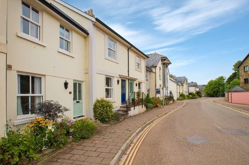 2 Bedrooms Terraced House for sale in 58 New Walk, Totnes