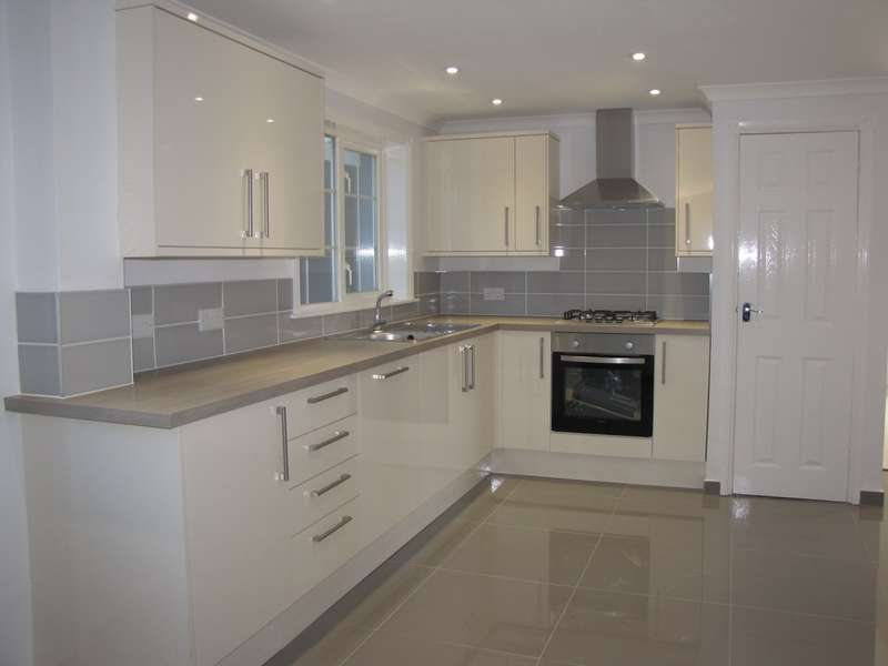 4 Bedrooms Terraced House for sale in Waterlooville, Hampshire