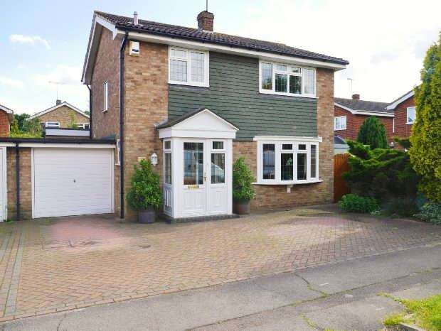 3 Bedrooms Link Detached House for sale in Benfleet, Essex