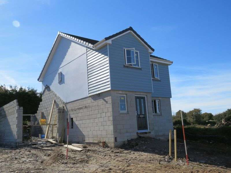 3 Bedrooms Detached House for sale in Redruth