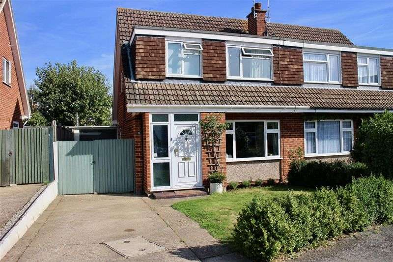 3 Bedrooms Semi Detached House for sale in Send Marsh
