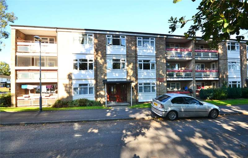 2 Bedrooms Apartment Flat for sale in Boveney House, Segsbury Grove, Bracknell, Berkshire, RG12