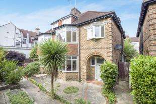 4 Bedrooms Semi Detached House for sale in Davigdor Road, Hove, East Sussex