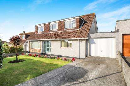 4 Bedrooms Bungalow for sale in Boscoppa, St. Austell, Cornwall