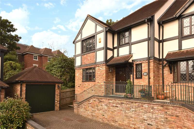 3 Bedrooms End Of Terrace House for sale in The Chyne, Gerrards Cross, Buckinghamshire, SL9