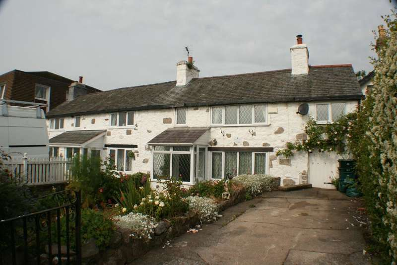 3 Bedrooms End Of Terrace House for sale in The Promenade, Rhos on Sea, Conwy, LL28 4EN