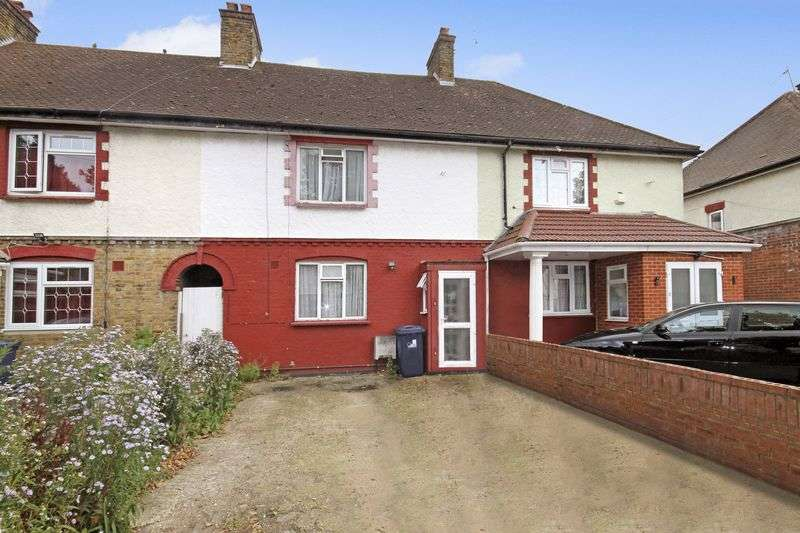3 Bedrooms Terraced House for sale in Greenford Avenue, Southall