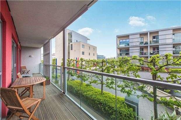 2 Bedrooms Flat for sale in Westgate, Caledonian Road, BRISTOL, BS1 6JR
