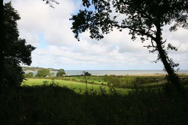 4 Bedrooms Terraced House for sale in Pentraeth, Anglesey