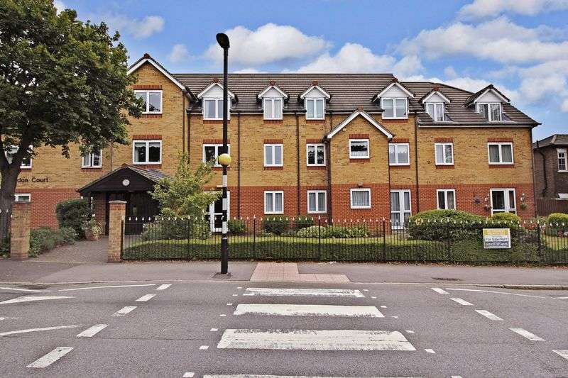 1 Bedroom Retirement Property for sale in Longdon Court, Romford, RM1 3QY