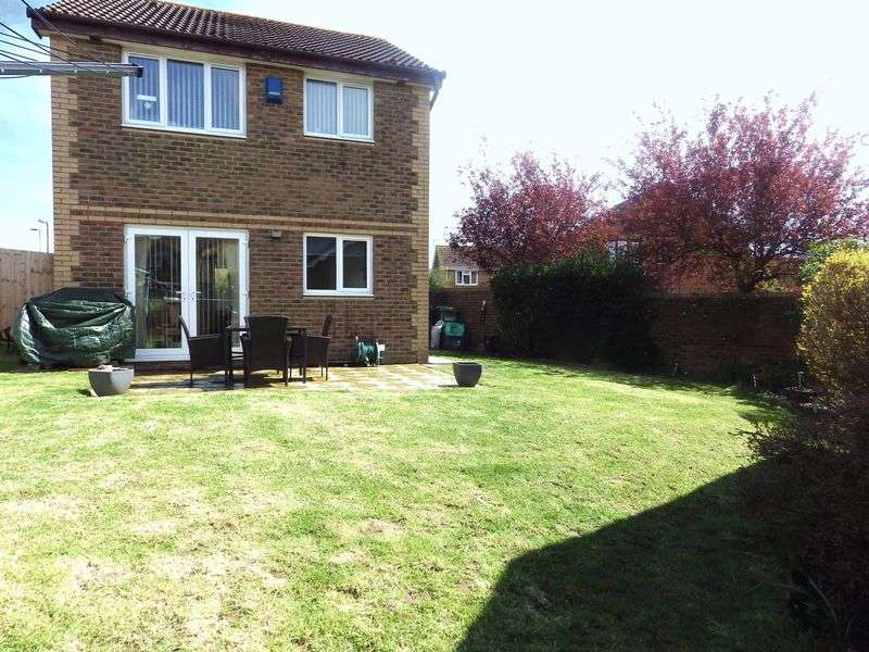 3 Bedrooms Detached House for sale in Kingfisher Close, Bradley Stoke