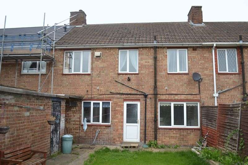 4 Bedrooms Terraced House for sale in Crosby Road, Grimsby, DN33 1LT