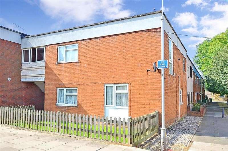 1 Bedroom Ground Maisonette Flat for sale in Dewlands, Basildon, Essex