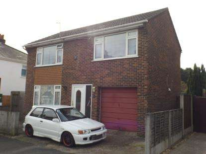 3 Bedrooms Detached House for sale in Poole, Parkstone, Poole