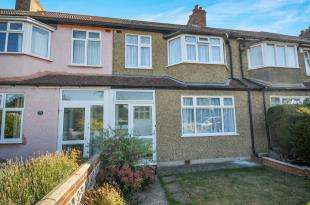 3 Bedrooms Terraced House for sale in Princes Plain, Bromley, .