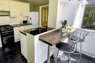 3 Bedrooms House for sale in Ranelagh Road, Redhill, Surrey, Redhill