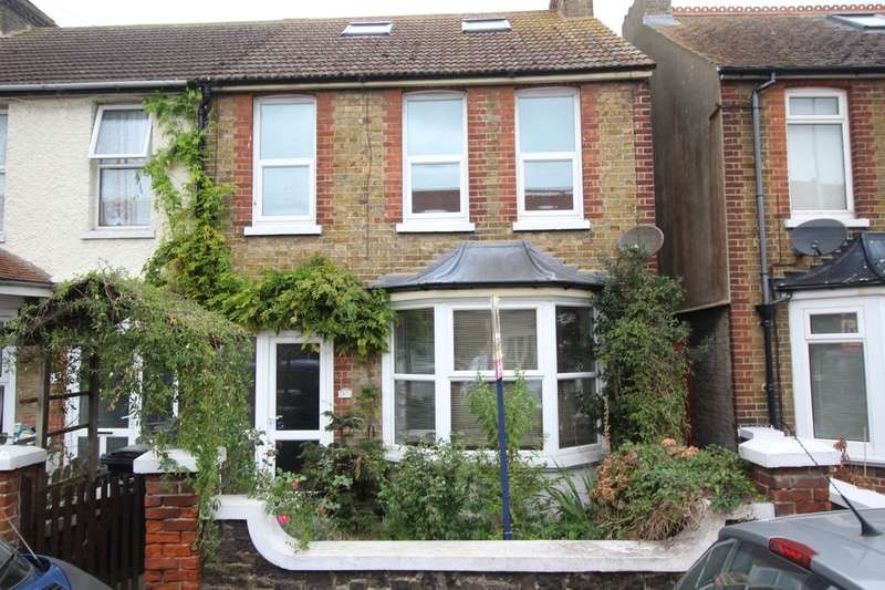 4 Bedrooms Semi Detached House for sale in Beacon Road, Broadstairs, CT10