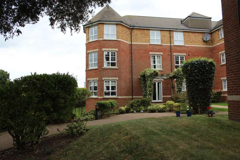 3 Bedrooms Flat for sale in Cranford Avenue, Exmouth