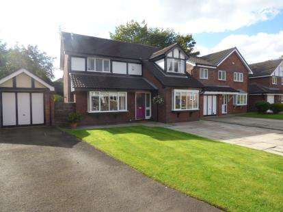 4 Bedrooms Detached House for sale in Granary Way, Sale, Greater Manchester, Cheshire