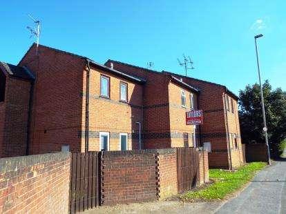 1 Bedroom Flat for sale in Cobham Court, Tewkesbury Road, Cheltenham, Gloucestershire