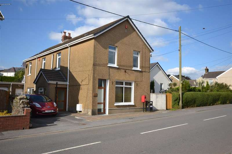 4 Bedrooms Detached House for sale in The Old Post House, Five Roads, Llanellii
