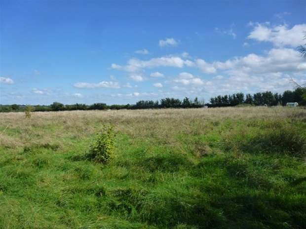 Land Commercial for sale in Butt's Drove, Barton St David