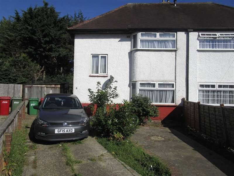 3 Bedrooms Property for sale in The Close, Cippenham, Berkshire