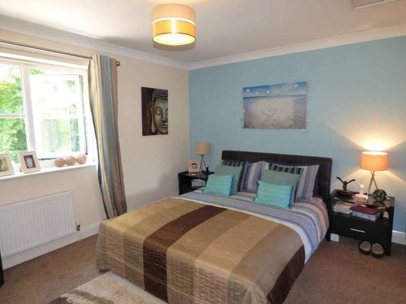 3 Bedrooms Terraced House for sale in Parkfield Road, Torquay