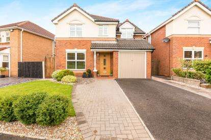 4 Bedrooms Detached House for sale in Hampshire Road, Walton-le-Dale, Preston