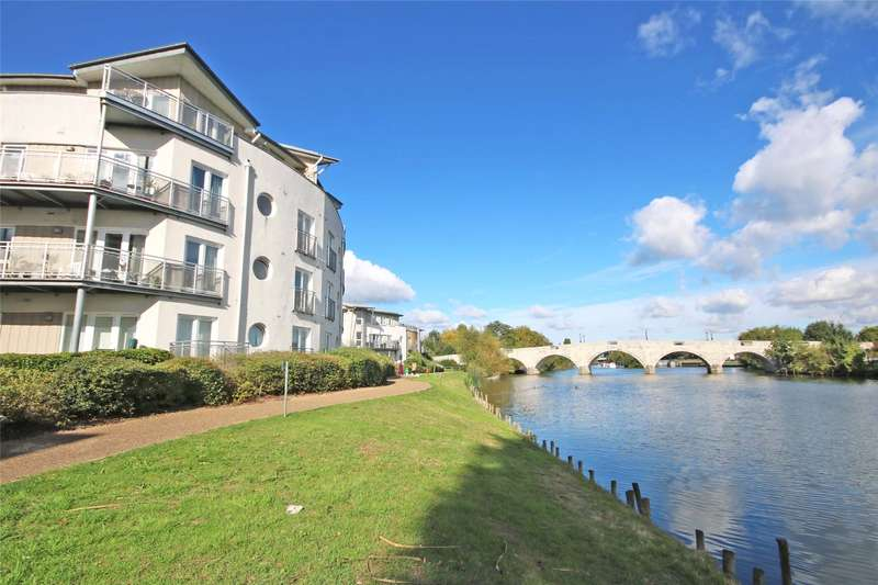 2 Bedrooms Apartment Flat for sale in Bridge House, Bridge Wharf, Chertsey, Surrey, KT16