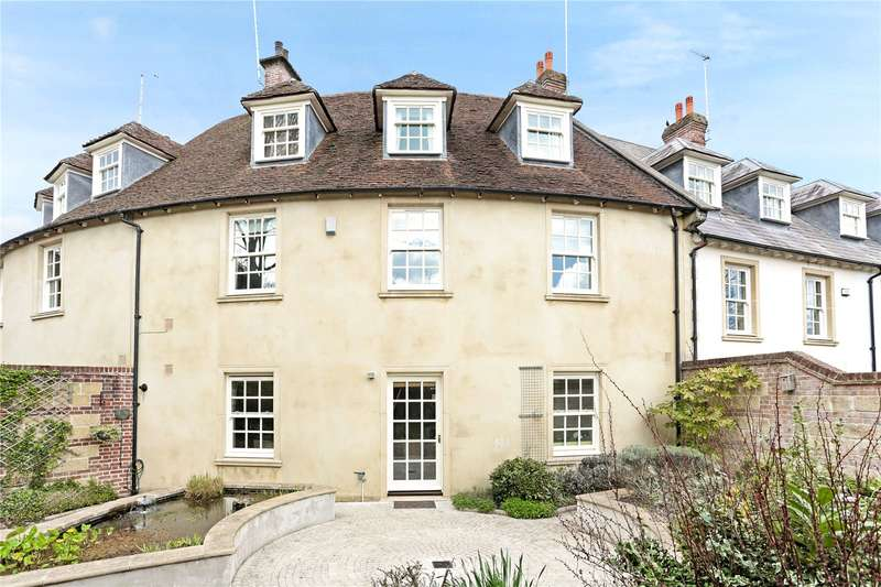 4 Bedrooms Mews House for sale in Phoenix Square, Pewsey, Wiltshire, SN9
