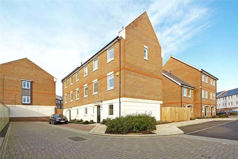 5 Bedrooms Semi Detached House for sale in Yew Tree Road, Dunton Green, Sevenoaks, Kent, TN14
