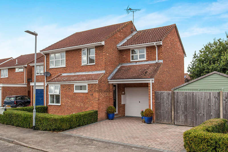 4 Bedrooms Detached House for sale in Le Temple Road, Paddock Wood, Tonbridge, TN12