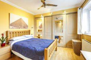 2 Bedrooms Mobile Home for sale in Moorside Road, Grove Park, Bromley, Kent