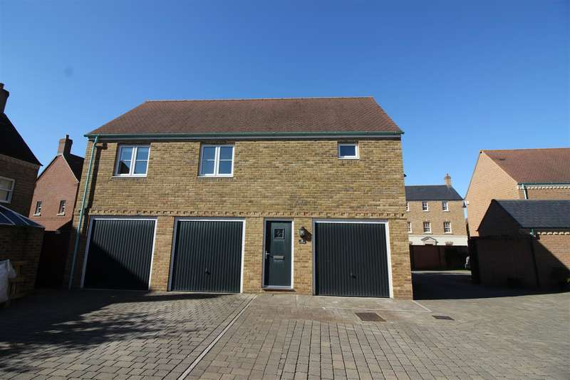 2 Bedrooms Property for sale in East Wichel Way, East Wichel Way