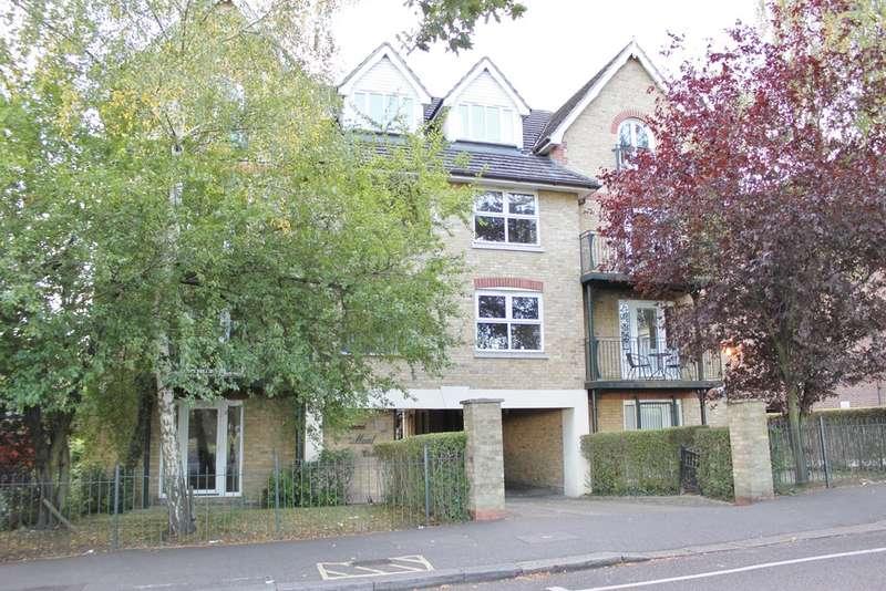 1 Bedroom Flat for sale in Churchfields, London