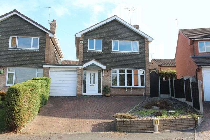 3 Bedrooms House for sale in KINGSWINFORD, Lowe Drive
