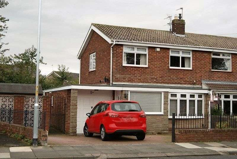 3 Bedrooms Semi Detached House for sale in Tillmouth Avenue, Holywell