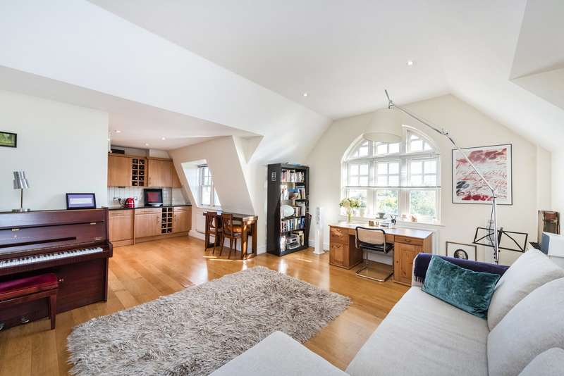2 Bedrooms Flat for sale in Parr Place, 23-27 Chiswick High Road, London, W4