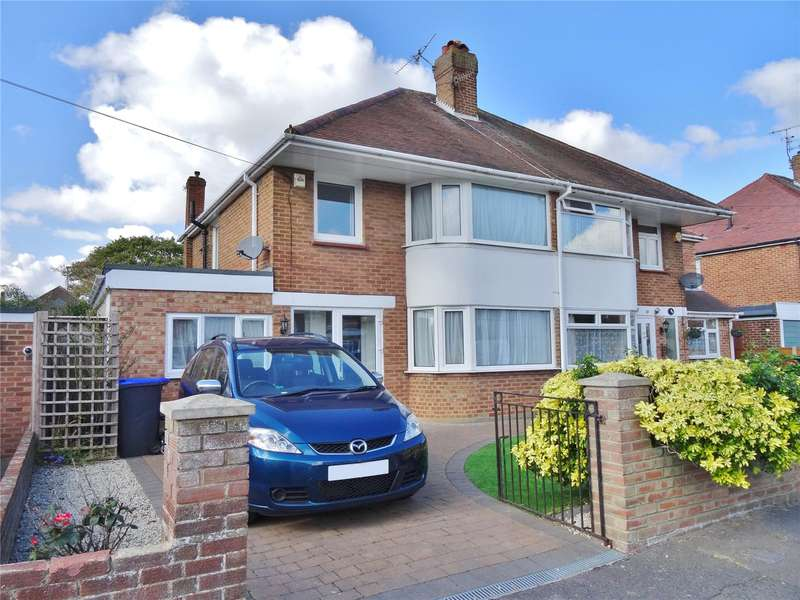 4 Bedrooms Semi Detached House for sale in Glebeside Avenue, Tarring, Worthing, BN14