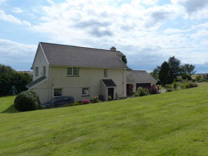 5 Bedrooms Detached House for sale in Near Kingsbridge, South Devon