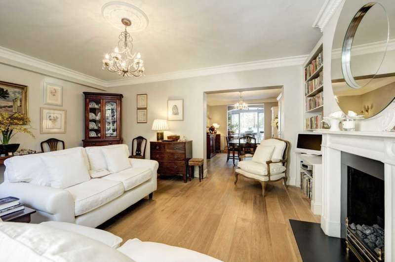 1 Bedroom Apartment Flat for sale in Royal Crescent, London