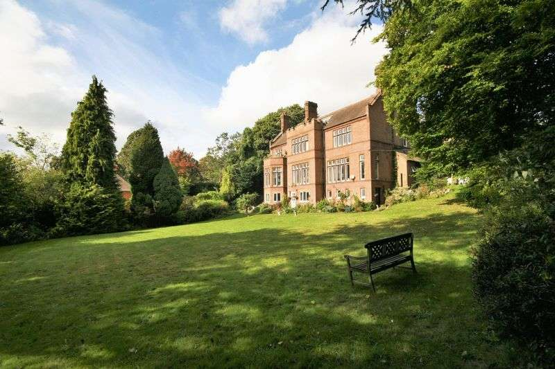 6 Bedrooms Flat for sale in Castle Hill, Farnham