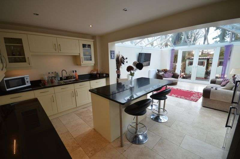 3 Bedrooms Terraced House for sale in Marythorne Road, Yelverton
