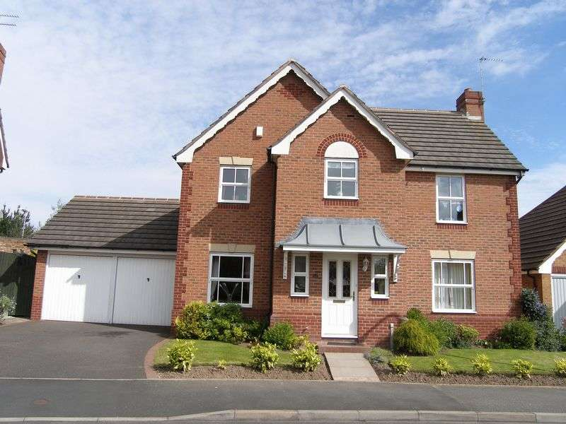 4 Bedrooms Detached House for sale in Breamore Crescent, Earls Keep, Dudley, West Midlands, DY1 3DA