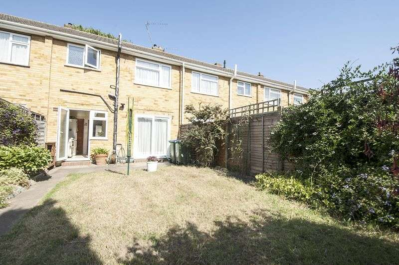 3 Bedrooms Terraced House for sale in Netley Drive, Walton-On-Thames