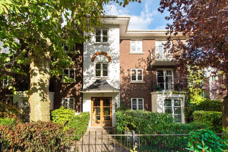 2 Bedrooms Flat for sale in Brompton Park Crescent, Fulham, SW6